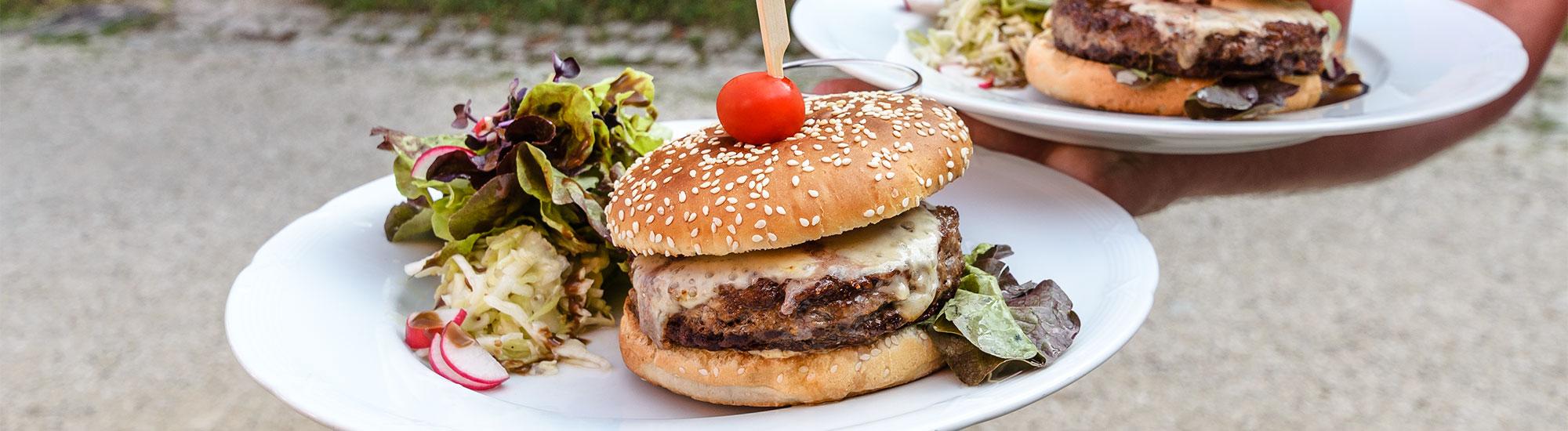 Burger-im-Biergarten